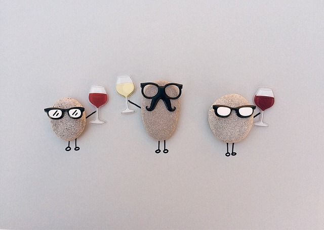 Rocks Personfied to Drink Wine